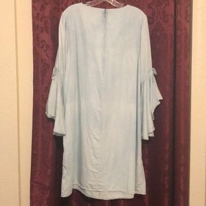 Sharagano Dresses - Sharagano light blue dress with bell sleeves
